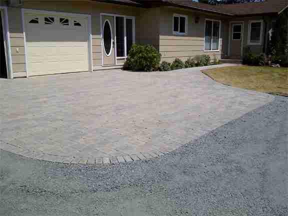 beautiful brick driveway