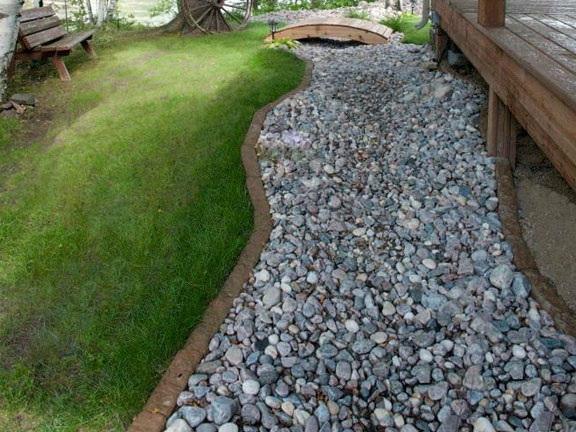 riverstone dry creek bed with edgers